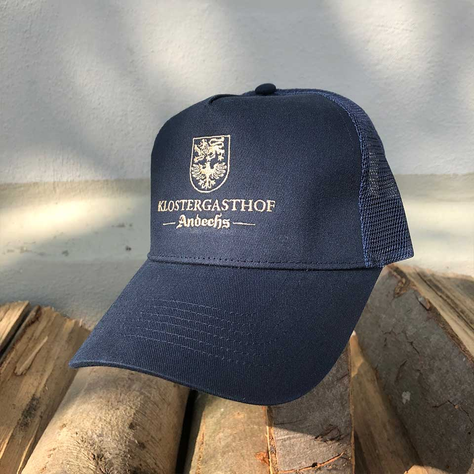 Trucker-Cap blau/ Stick beige